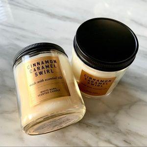 NWT•2•Bath & Body Cinnamon Caramel Candles•7 oz.